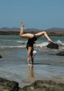 Tamarindo Handstand